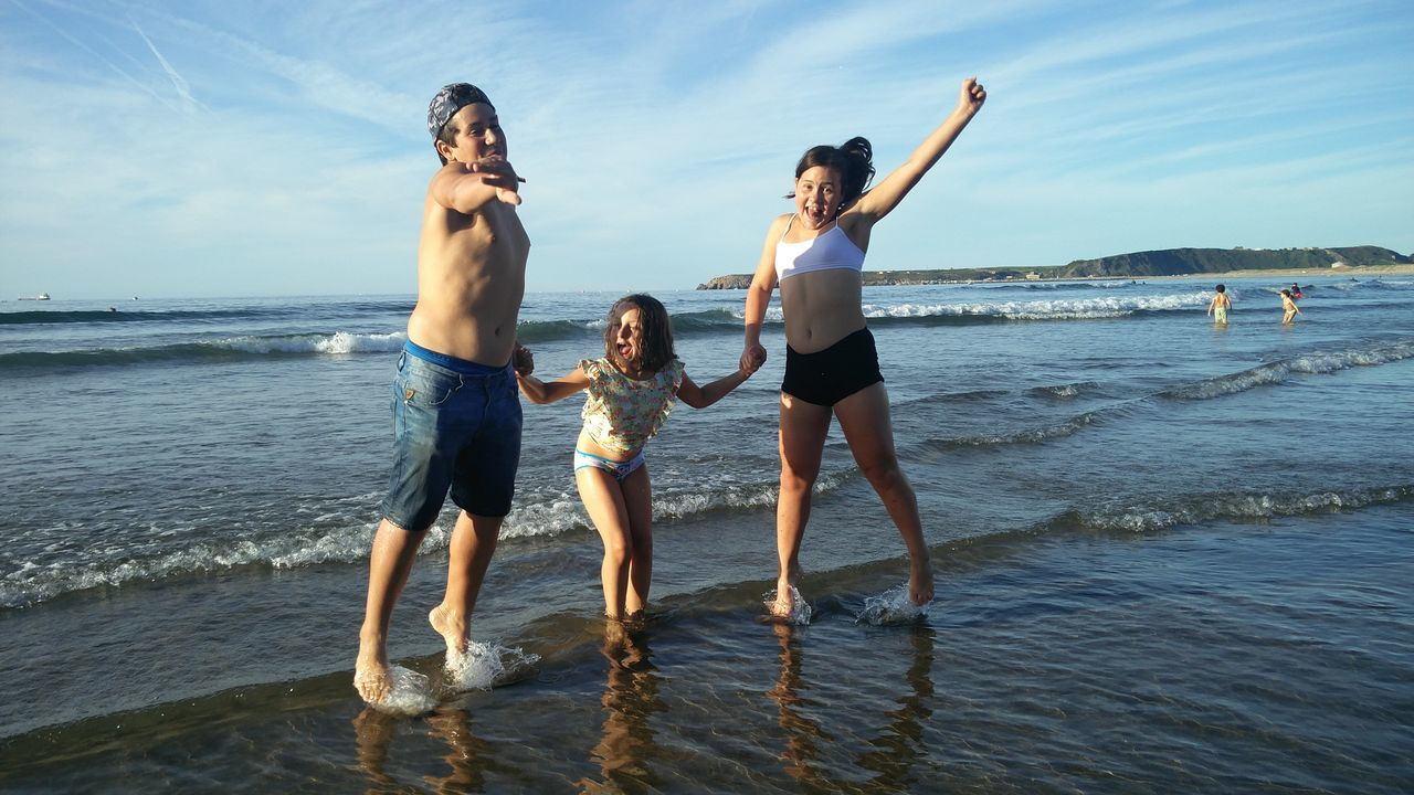 The kids at the beach Outdoors Teenager Sky Day Water People Enjoyment Summer Happiness Fun Beach Friendship Vacations Sea Asturias Spain🇪🇸 The Week On EyeEm Cloud - Sky Lasuma