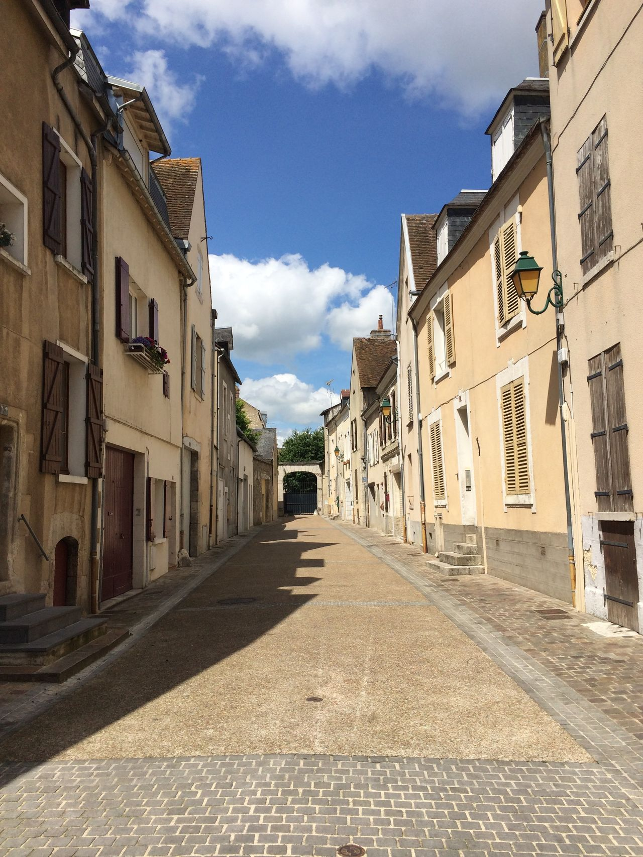 Architecture Building Building Exterior Built Structure City Cloud Cloud - Sky Cobblestone Diminishing Perspective Empty House Montargis Narrow Residential Building Residential Structure Road Sky Street The Way Forward Transportation Vanishing Point