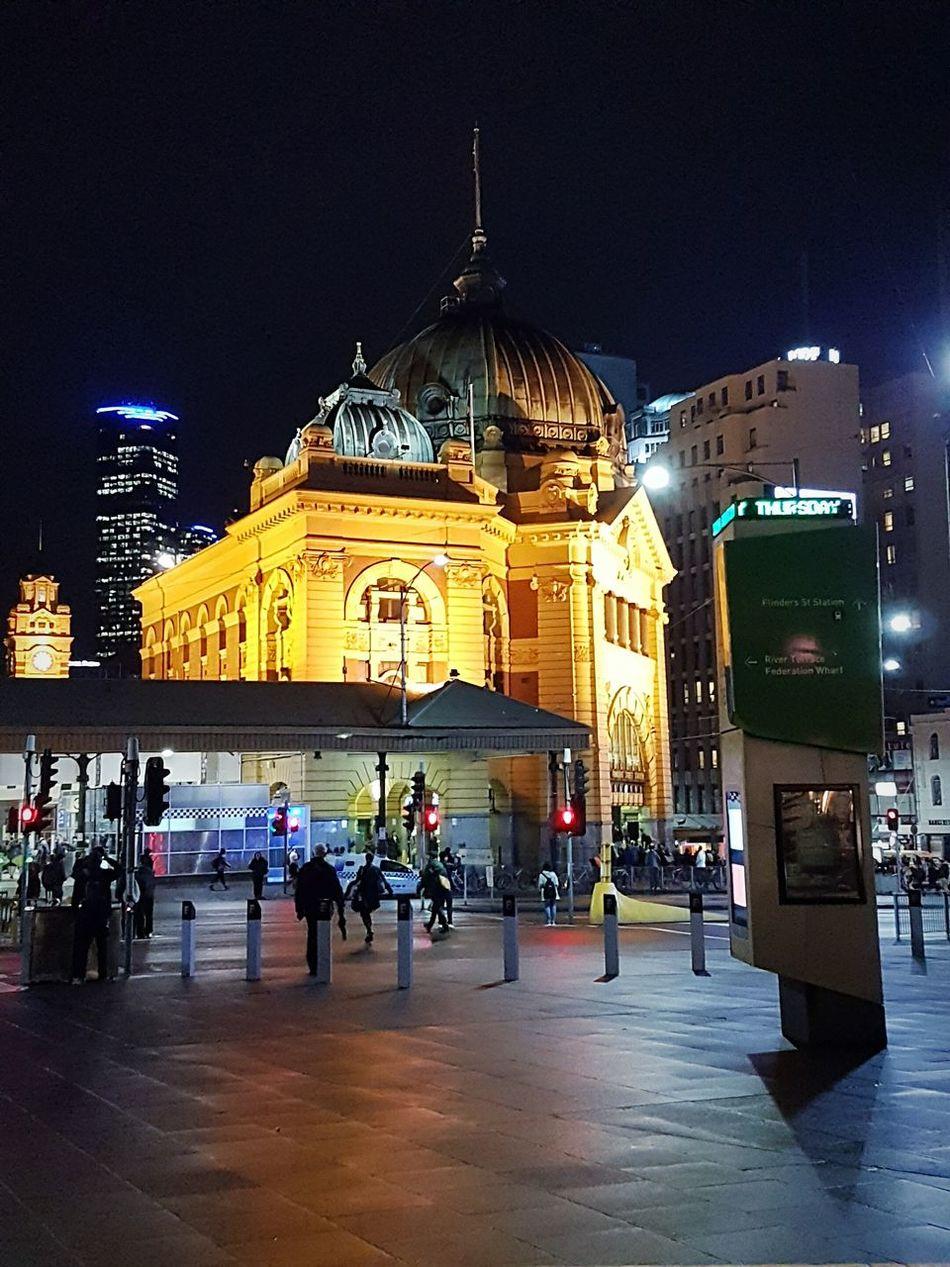 Flinder Station Night Lights Citylife Illumination