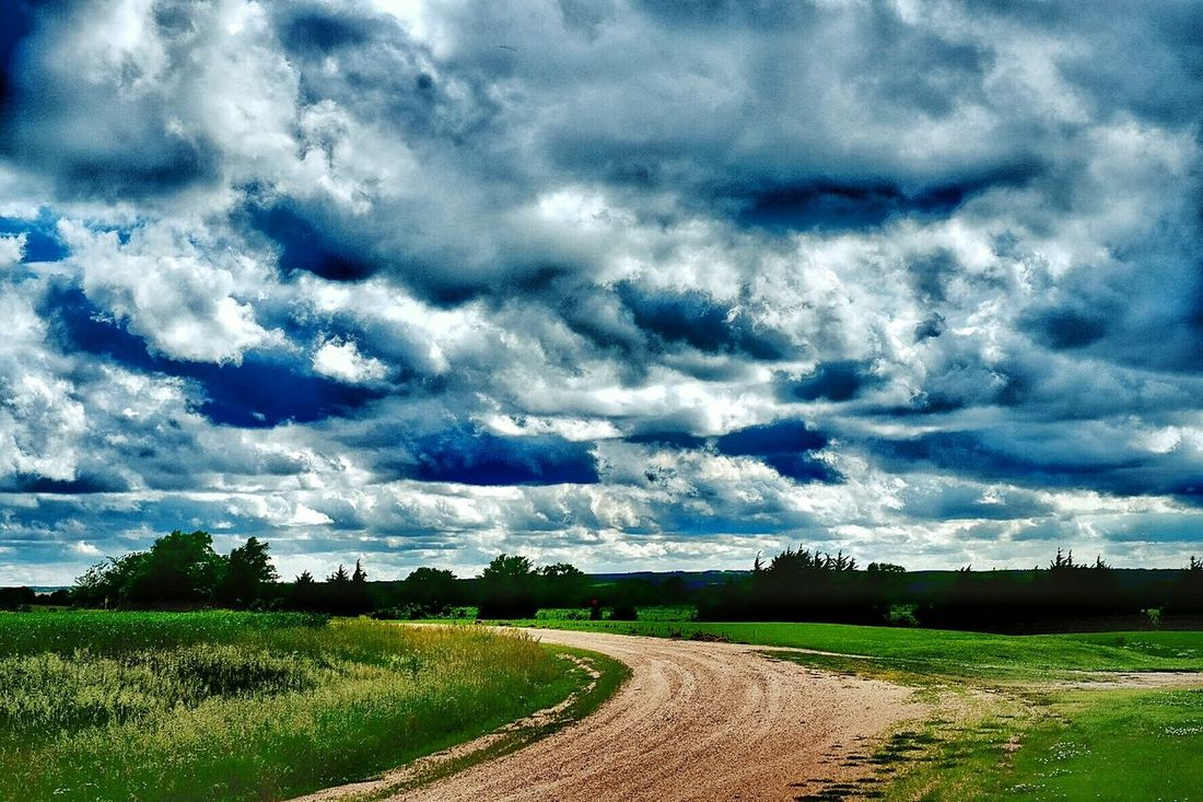 Dramatic clouds Clouds And Sky Rural Scenes Overdone Color Photography