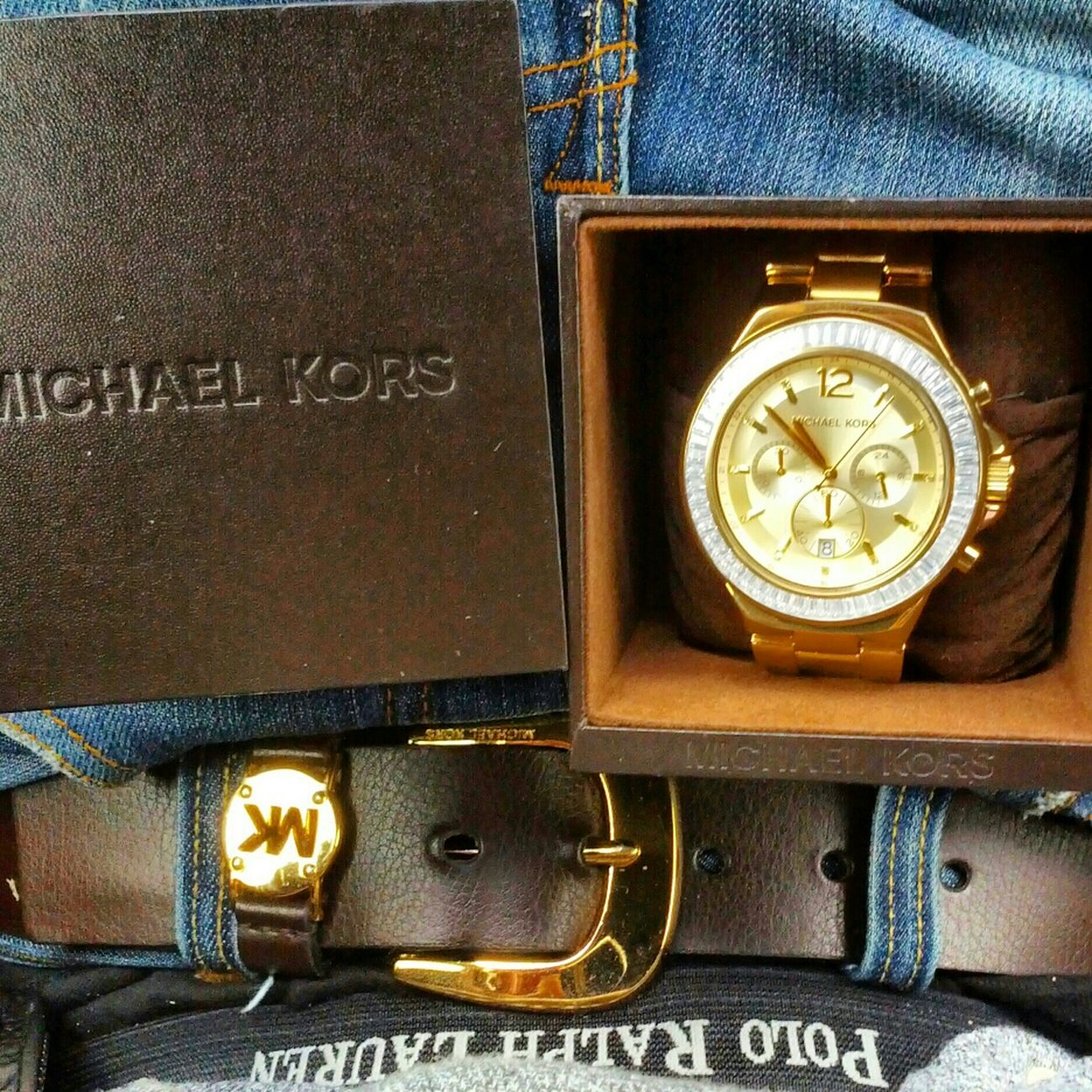 Hanging Out Bling Bling Gold MK Diamonds Michael Kors Icy GOLD GANG All Gold Everything Michaelkors