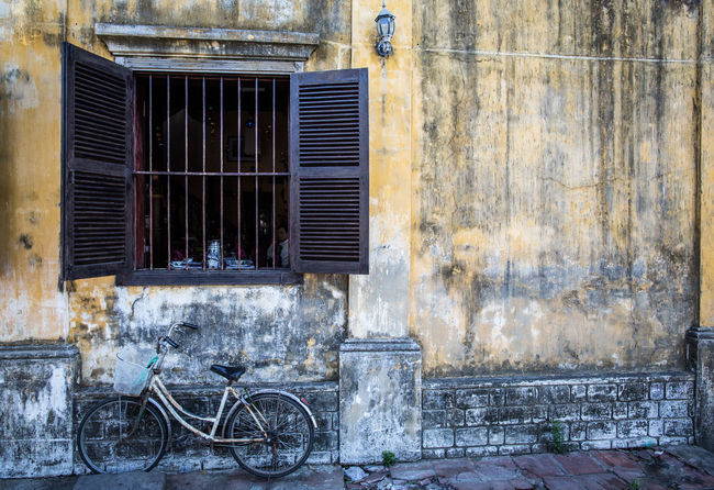 Vietnamese bicycle, Vietnam Architecture Bicycle Building Exterior Built Structure Closed Corrugated Iron Day Hoi An House Land Vehicle Metal Metal Grate Mode Of Transport No People Outdoors Shutter Stationary Transportation