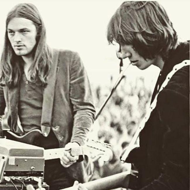 Gilmour Waters Thedarkside Liveatpompeii Pinkfloyd Fenderstratocaster Likesforlikes Picoftheday Photooftheday