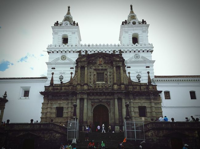 Church Quito Ecuador Ecuador Quito Taking Photos Shooting Photooftheday Relaxing Shoot The Street With Pointer Footwear The Week Of Eyeem EyeEm Best Shots Outside Photography Street Photography Cityscapes Photography City Life Outside