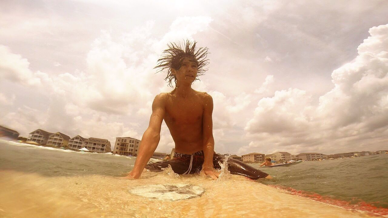 Surfboard Gopro Surfer Hair Crazy Hair Teenage Boy