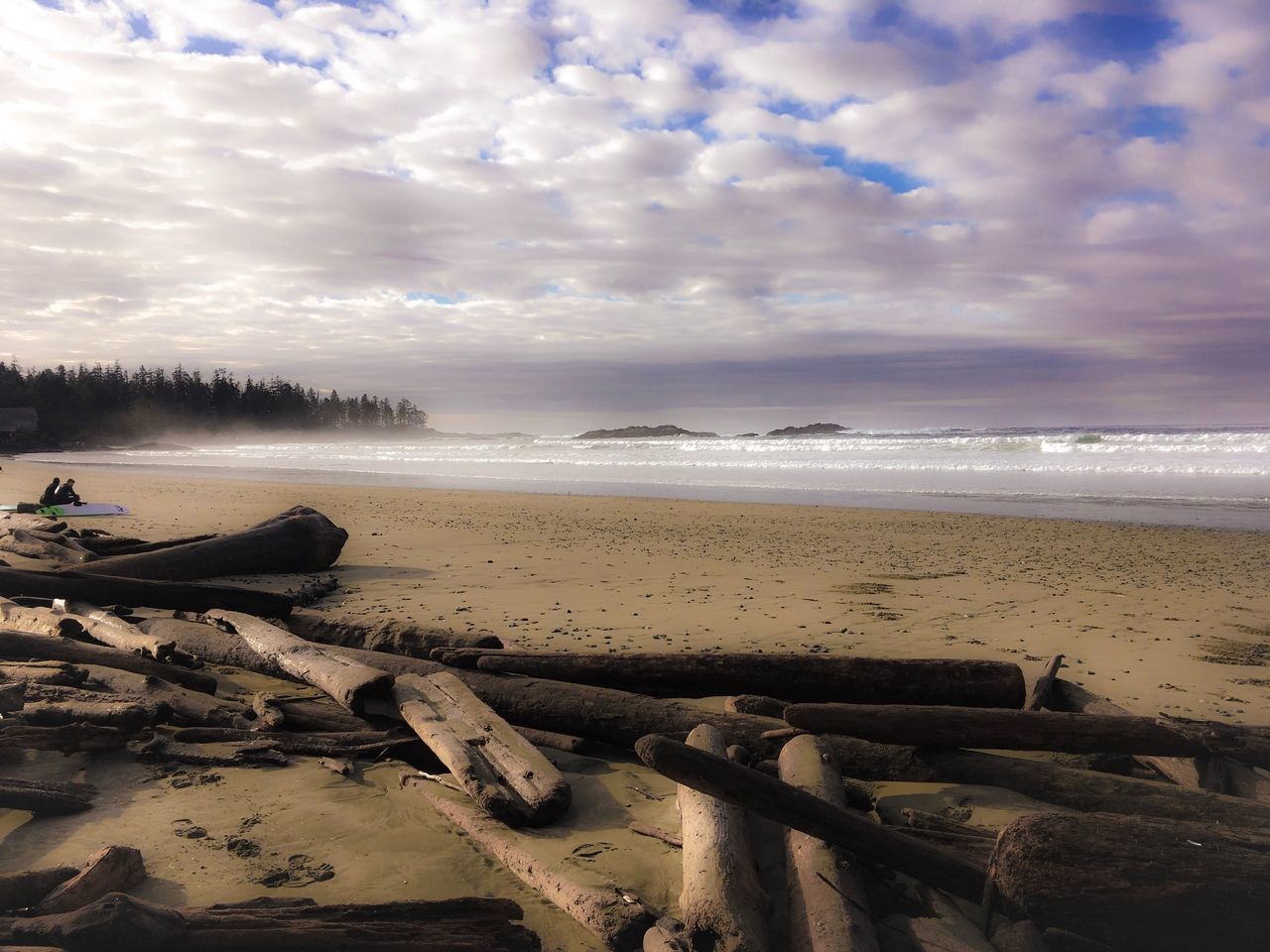 Long Beach, Tofino...how I miss you so🌊 Sky Water Nature Sea Beauty In Nature Filterwhore Outdoors Scenics Tranquility Tranquil Scene Beach Day Clouds Tofino British Columbia Surf EyeEmNewHere Misty Morning Dramatic Sky Pacific Ocean Blue Travel Colors Color Palette
