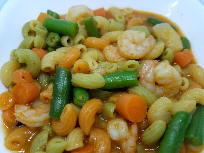 Shrimp pasta with carrots and green beans Pasta Shrimp Vegetable Carrot Green Beans Carbs
