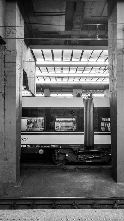 Waiting for the train Station Train Rush Hour Traveling Travel Taking Photos Snapshot Discover Your City Late Night Latepost Blackandwhite Streetphotography Black And White Europe Poland Train Station Track Wagon  Sheldoncooper On The Way