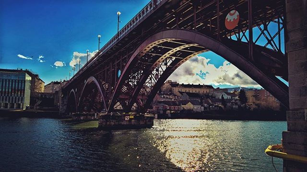 Wow, just..beautiful. In February. Old bridge-Red bridge of Maribor Maribor Slovenia Igslovenia Bridge Sunnyday River February