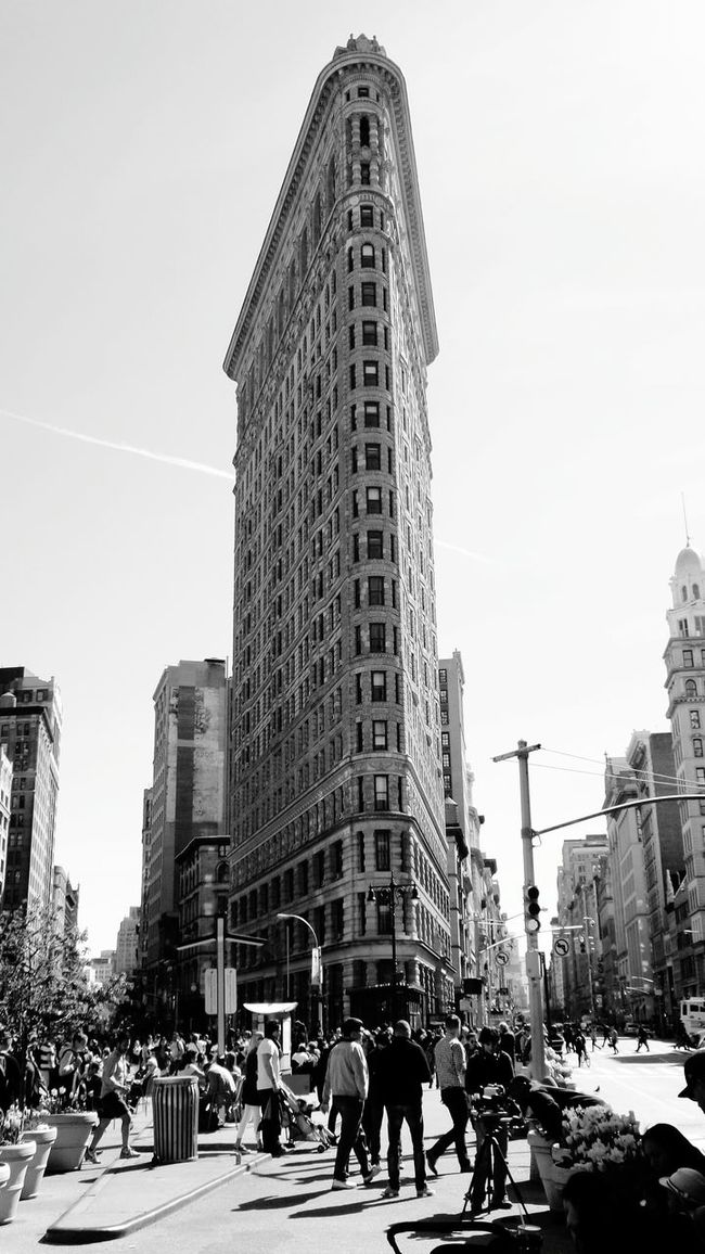 People And Places Flatiron Building Architecture Skyscraper New York New York City Lifeontheroad USA USAtrip USA Photos Black And White Photography Samsungphotography Samsung K Zoom