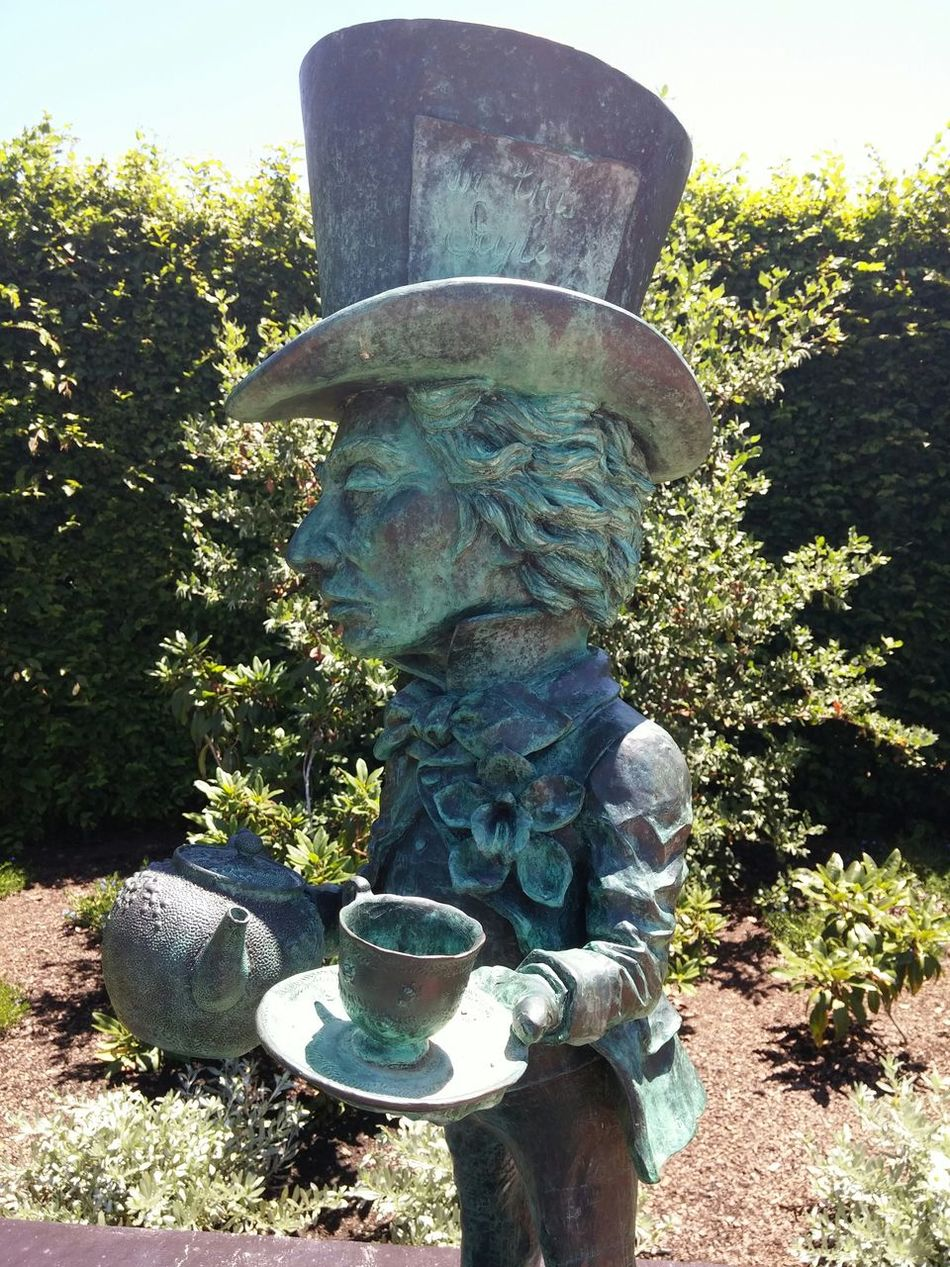 Whats crazier than seeing and not believing! ?- Mad Hatter. Summer2015 Follow My New Account For My Friends That Connect Statue
