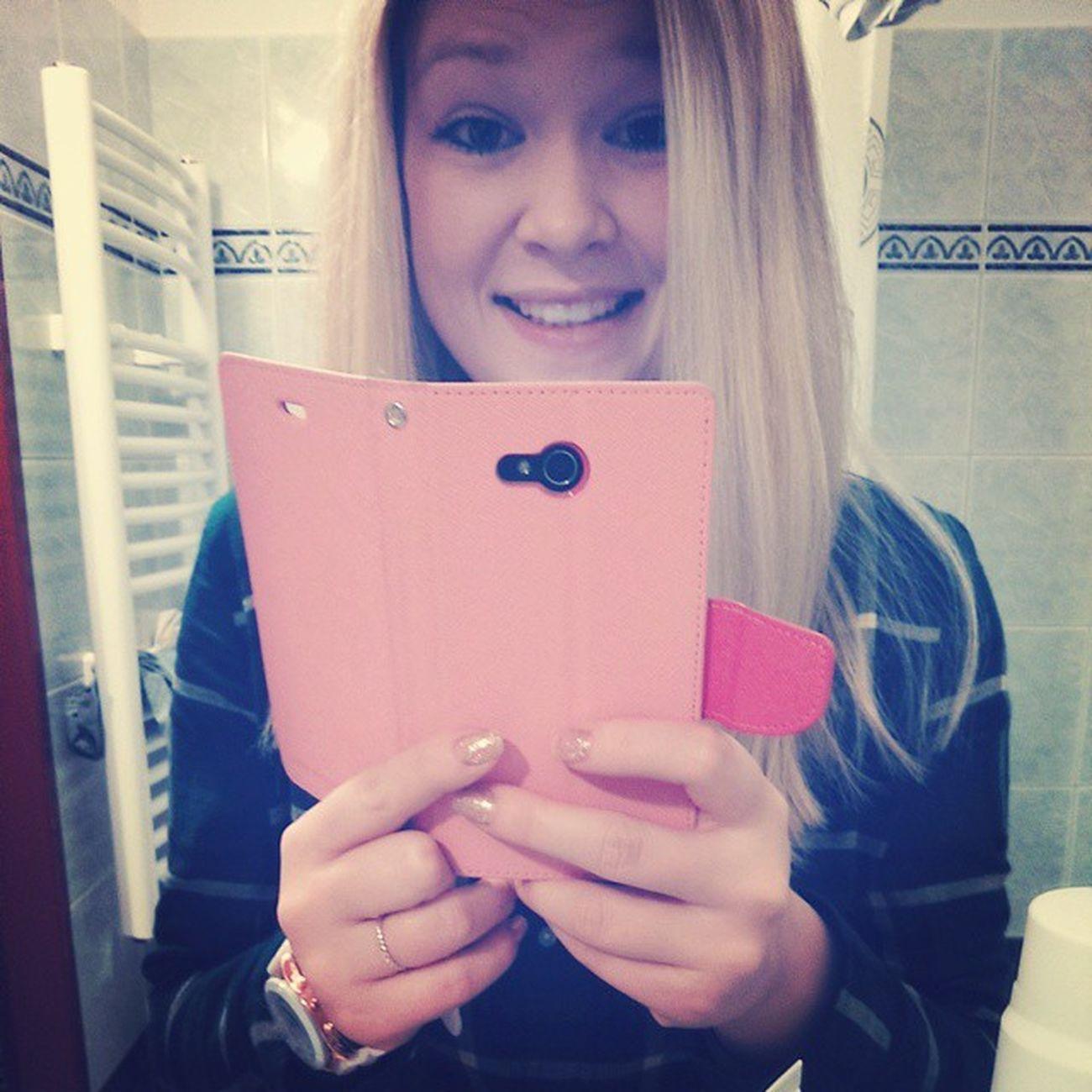 ?? Blonde Girl Smile Happy laughtteethlipseyesstylemobilephonebathroomfollowmetagsforlikesphotoofthedayfashionhairlovecoolfacewomanCzechfunnycrazyunicornmamseprosteskveleinloveangel
