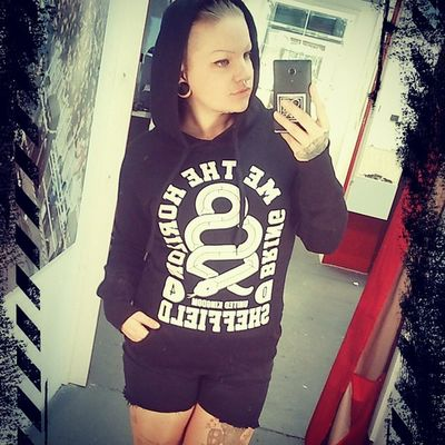 Selfie Tattoed Bringmethehorizon Empstore work loveit black sweater bandmerch merchandise twentyfour twentysix weilichskann fuckingwertlos