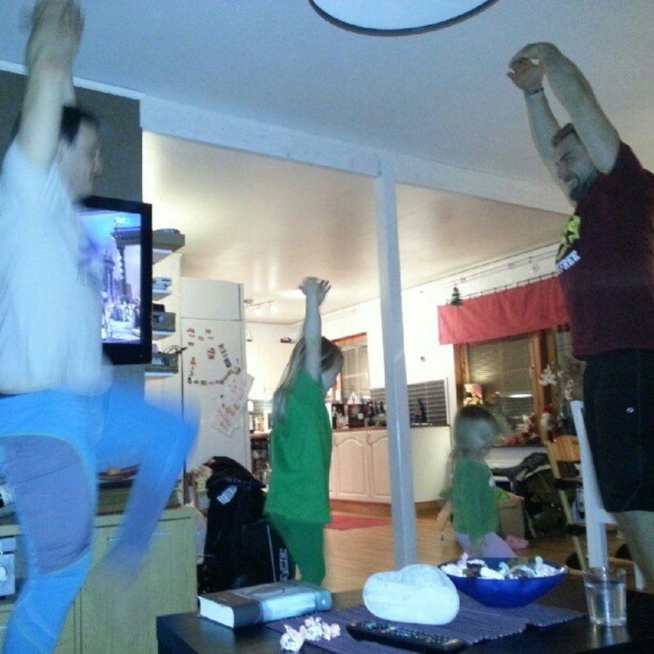 Balett på Svt  och i vardagsrummet @jonasenqvist !? Vadh änder