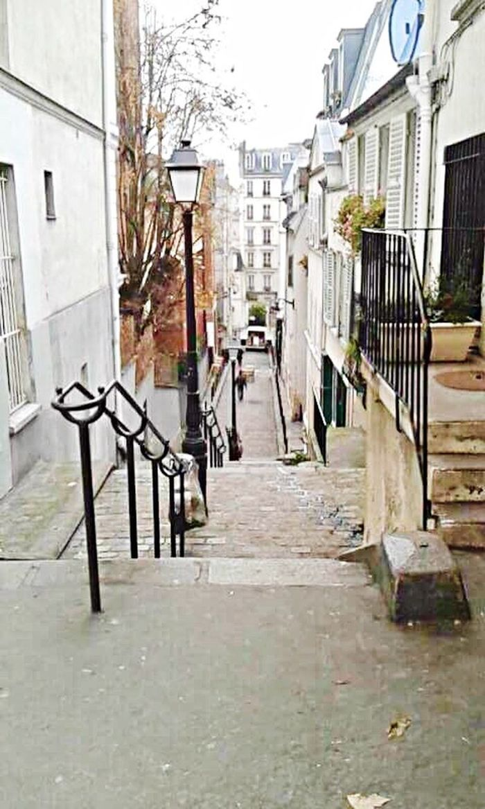 City Outdoors No People Paris, France  Montmartre Street Old Center