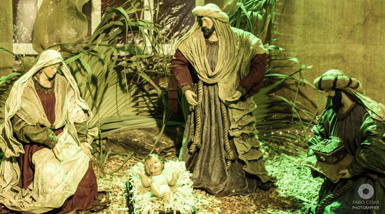 Esculturas Y Estatuas Human Representation Menino Jesus Natal No People Noite Presepio Sculpture