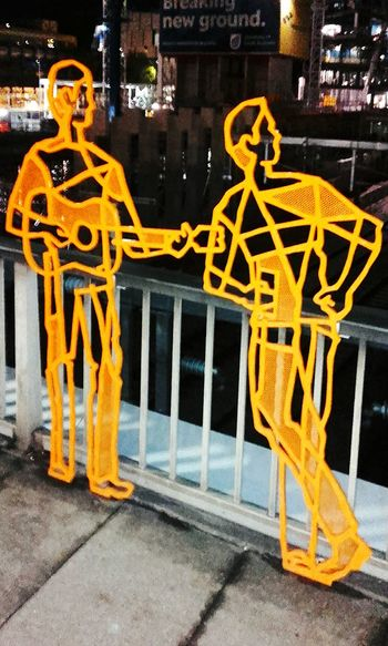 Check This Out Silhouettes Sculpture Metal Art ArtWork Silhouette People Taking Photos Sculptures Art Photography Artphotography Streetphotography Street Art Street Photography Figures Public Art Streetphoto_color Artphoto Street Photo Metalsculpture Metal Sculpture Streetart Figure Check This Out! Taking Pictures