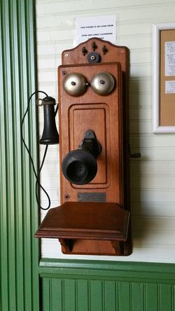 Old telephone. Sure glad things have progressed. Old-fashioned Close-up Vintage Antiques Museums Eyemphotography Popular Photos Tomball Texas Telephone Phones Communications