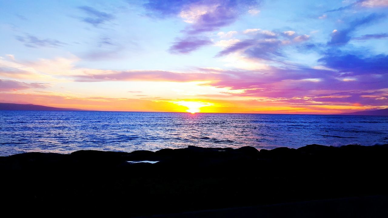 Once again because i can. But Hawaiis beauty really is something to see beyond a brochure. Maui Hawaii Sunset Sea Dramatic Sky Scenics Outdoors Sky Cloud - Sky Beauty In Nature Romantic Sky Beach Nature Horizon Over Water Water Mauiphotography Maui Sunset Maui Beach