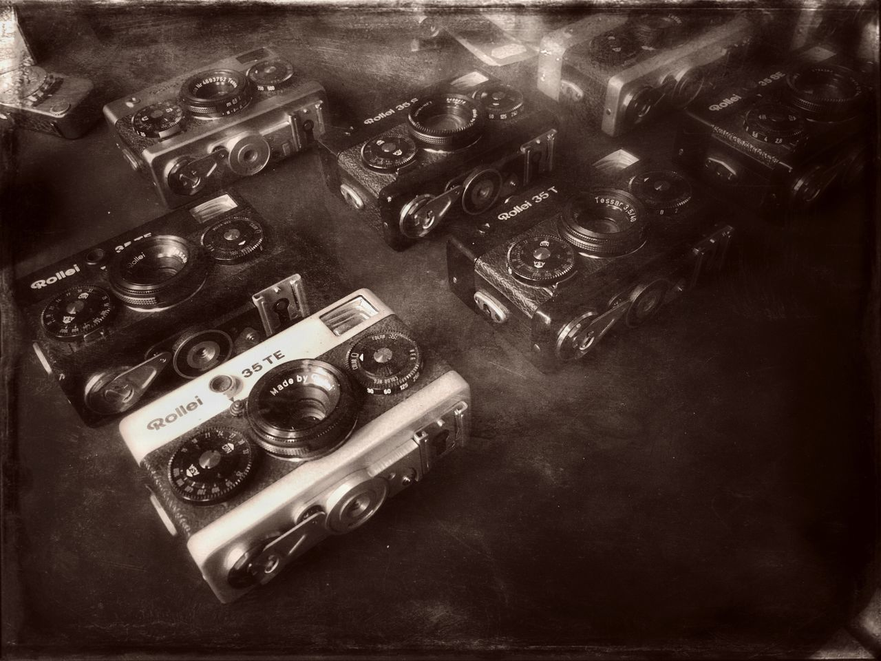 Camera Old Camera Photos Rollei35 Retro Styled No People Antique Indoors  High Angle View Technology Large Group Of Objects Close-up Old-fashioned Analogue Photography Day