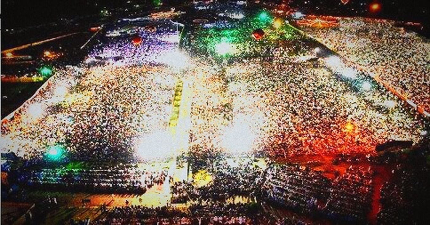 What Else You Can Find In Pakistan? Well You Can Find These Big Crowds In Lahore, Standing To Fight For Justice Pakistani Dharna Pti