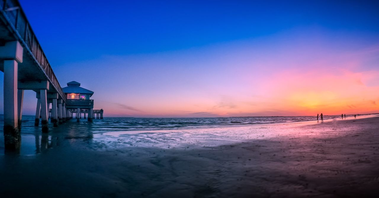 Beautiful stock photos of sunset, Architecture, Beach, Beauty In Nature, Building Exterior