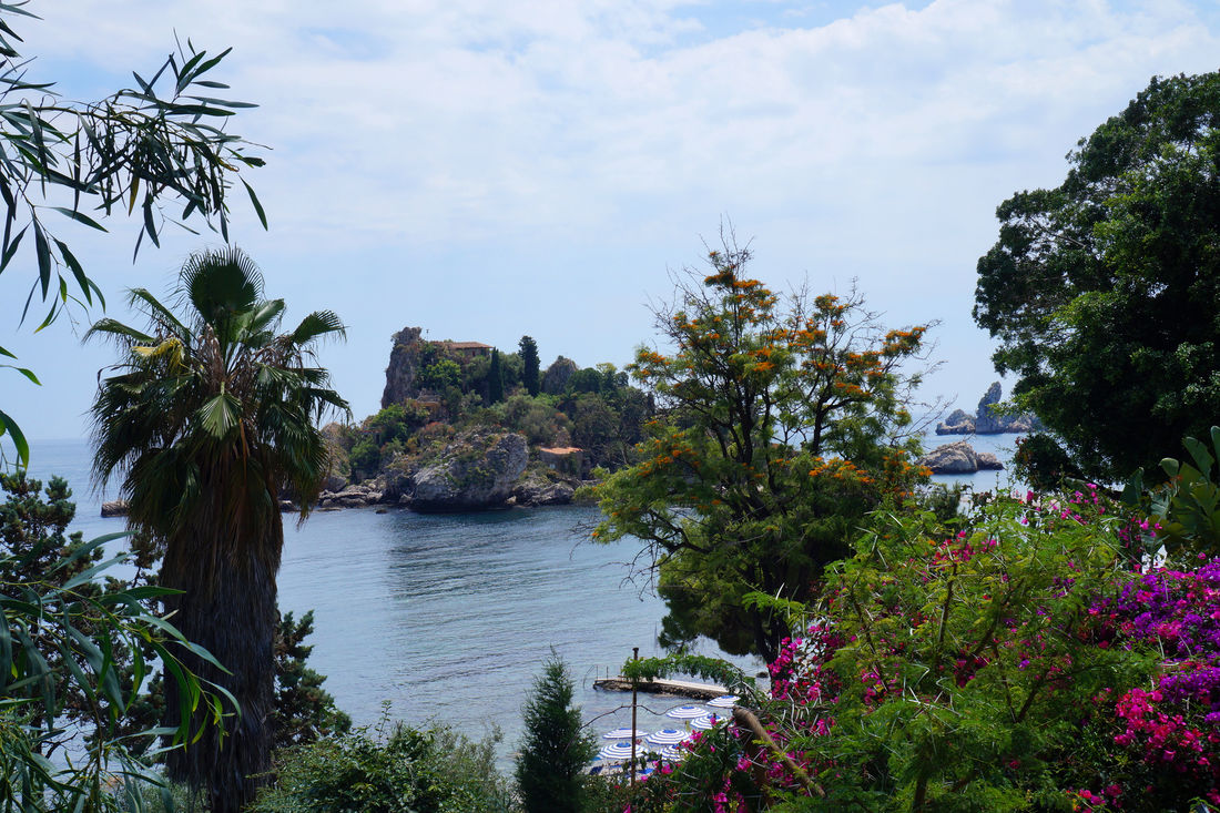 Bella Island Beauty In Nature Day Growth Nature No People Outdoors Plant Scenics Sea Sky Taormina Taormina Sicily Tranquility Tree Vegetation Water
