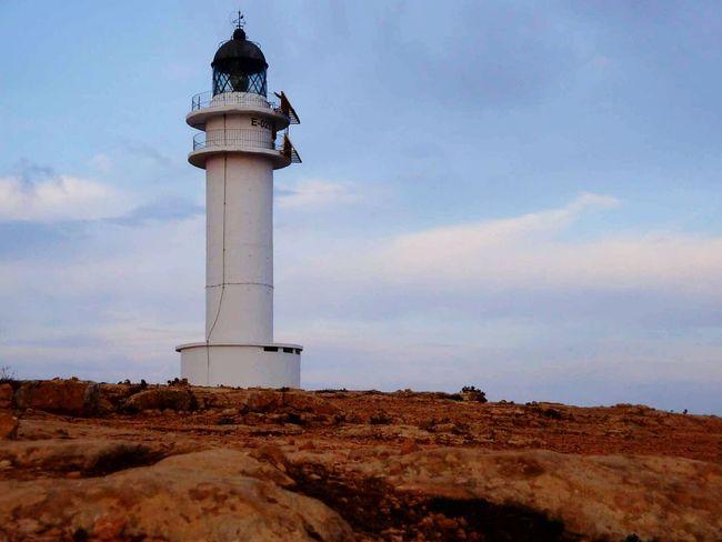 Formentera Spagna España🇪🇸 España Lighthouse Lighthouse_lovers Cap De Barbaria Lighthouse_captures Lighthouses Landscape Summer Summertime Lighthousephotography Lighthouseview Faro Island Baleari