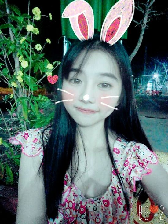 Tet Holiday One Woman Only Beauty Beautiful People Beautiful Woman Xuanhoa Love Came And Grab Me By My Hand And Said Lets Be Together FIREVER. Smile With Me :)
