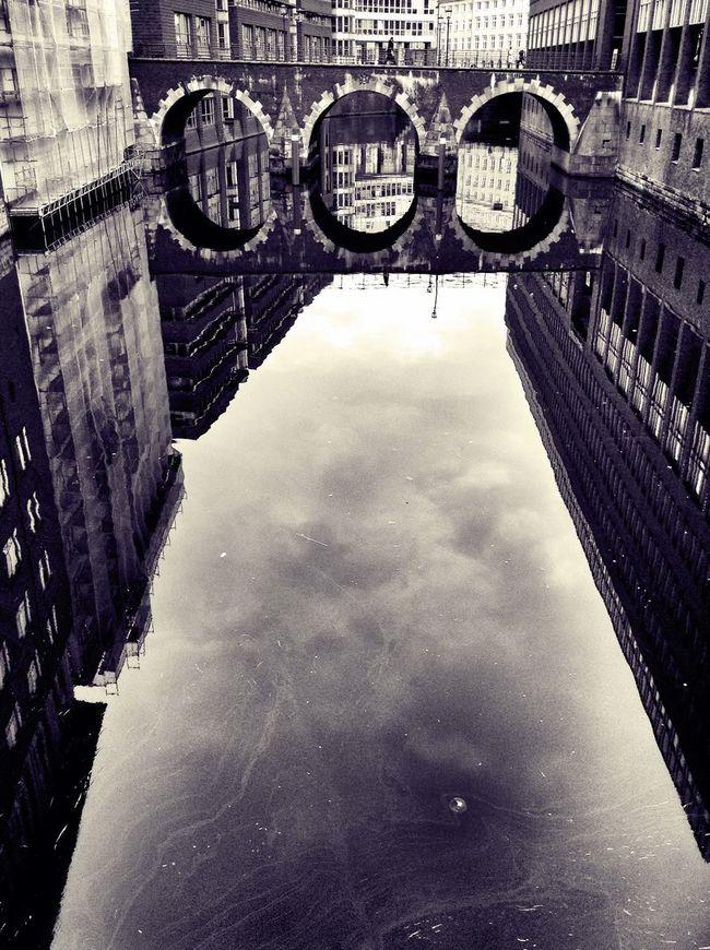 Monochrome Hamburg Reflection Water Reflections