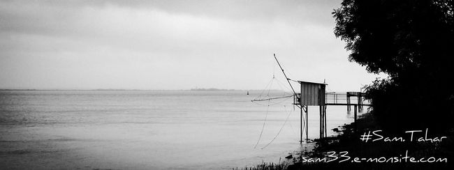 Carrelet Estuaire Gironde Paysages Shades Of Grey Deceptively Simple