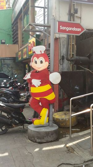 Jollibee, philippine food, jollibee philippines, pinoy food, mc donalds , kfc, jco., kiddie party, party, birthday, chickenjoy, malabon, navotas, Pilipinas, Cute Child Lighting Equipment Babyhood Togetherness Lifestyles Childhood Innocence