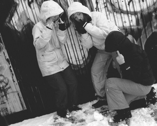 Krim af mörk ft gisslen matte tuttis cred till photomaster Coolofsson Crazykrimkidsattheroof Watchoutforus Osdfarligagäris Thuggin Rave Gäricray Nottomuchcredtophotomaster