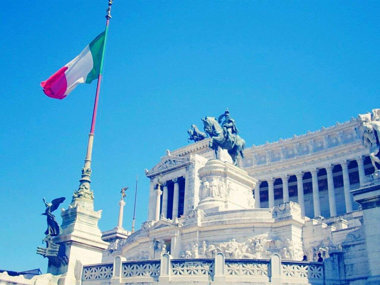 Italy Flag Statue City Government Travel Destinations Patriotism No People Architecture Sculpture Outdoors Day Italian Flag Rome Rome Italy🇮🇹 Rome, Italy Rome Italy White Sky Blue Sky