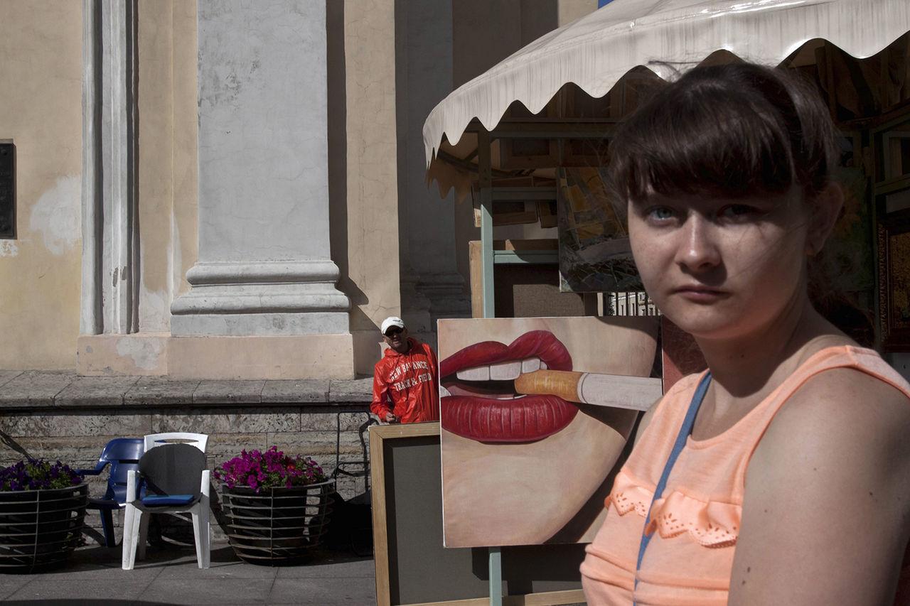 Street Streetphotography Russia Saint Petersburg Observecollective Candid Nevskyprospekt Streetphoto The Street Photographer - 2017 EyeEm Awards