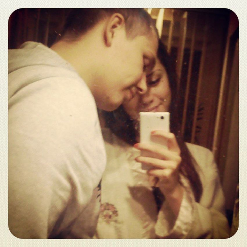 Не расстаюсь с телефоном :) улыбашки любовьморковь зеркало телефон