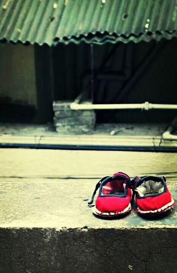 小娃兒的可愛繡花鞋