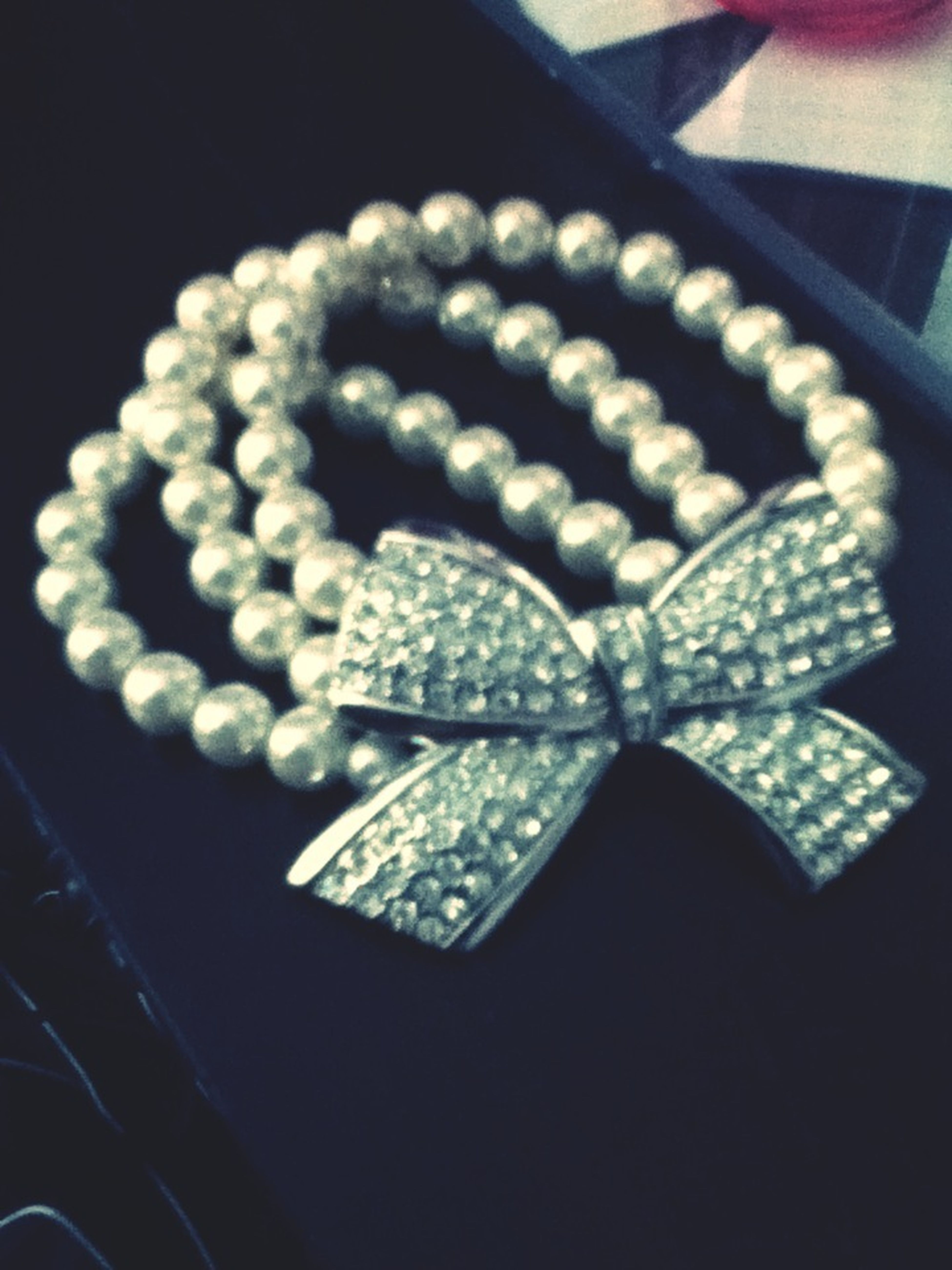 Bows And Perls <3