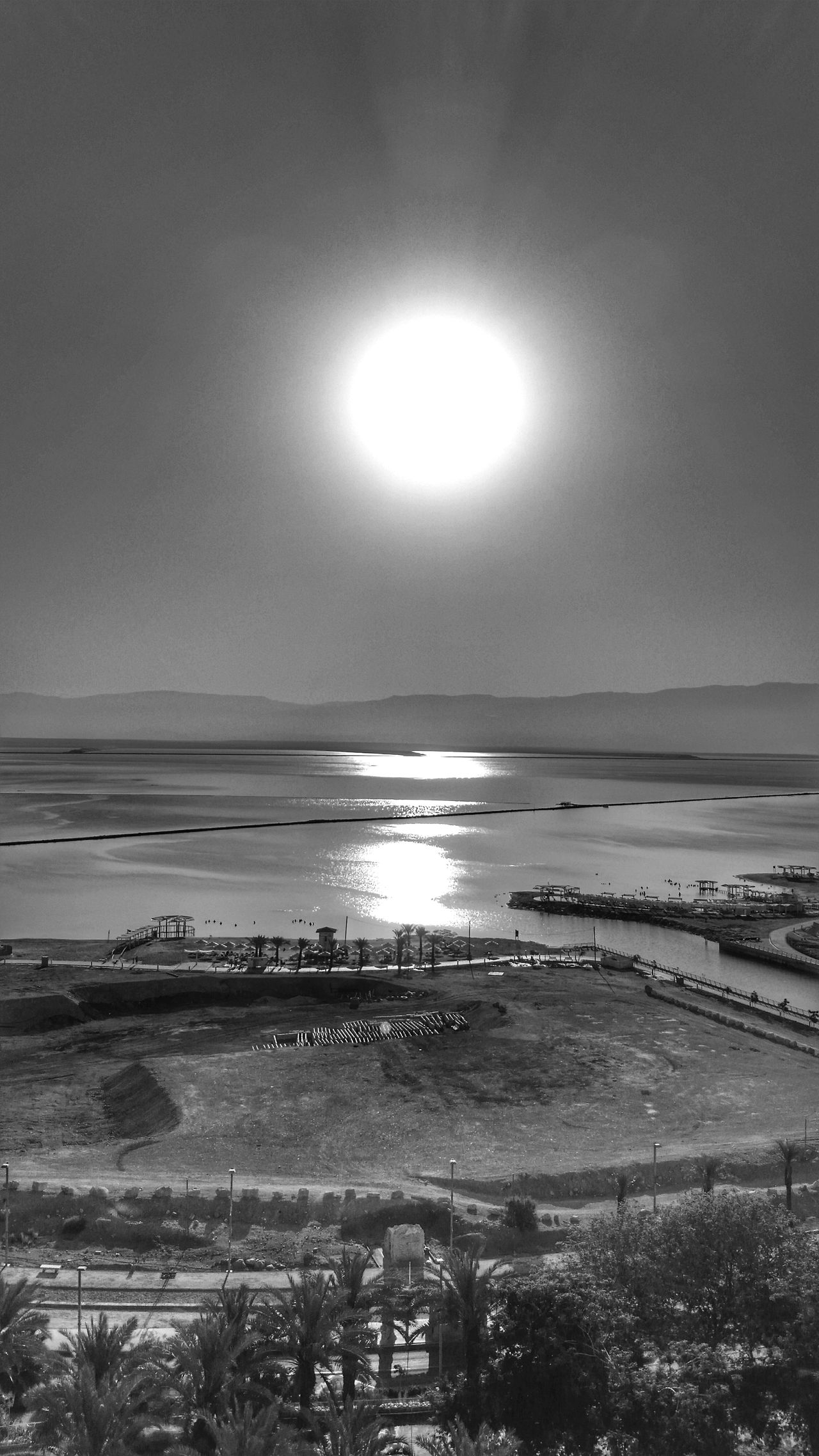View of the dead sea✴ GNight ⭐ Deadsea Deadsea_israel Nature Horizon Over Water Tranquility No People Getting Inspired Israel Sea Nature Photography Nature_collection Eye4photography  Sunrise_sunsets_aroundworld EyeEm Nature Lover Israel_times Israeloftheday Israelbest Popular Photos Sun_collection Eye4photography  Blackandwhite Photography Sunset_collection Black And White Photography From My Point Of View