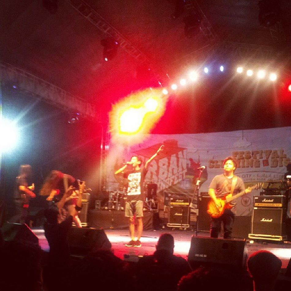 Awesome perfomance @mc16band Urbanclothingfest