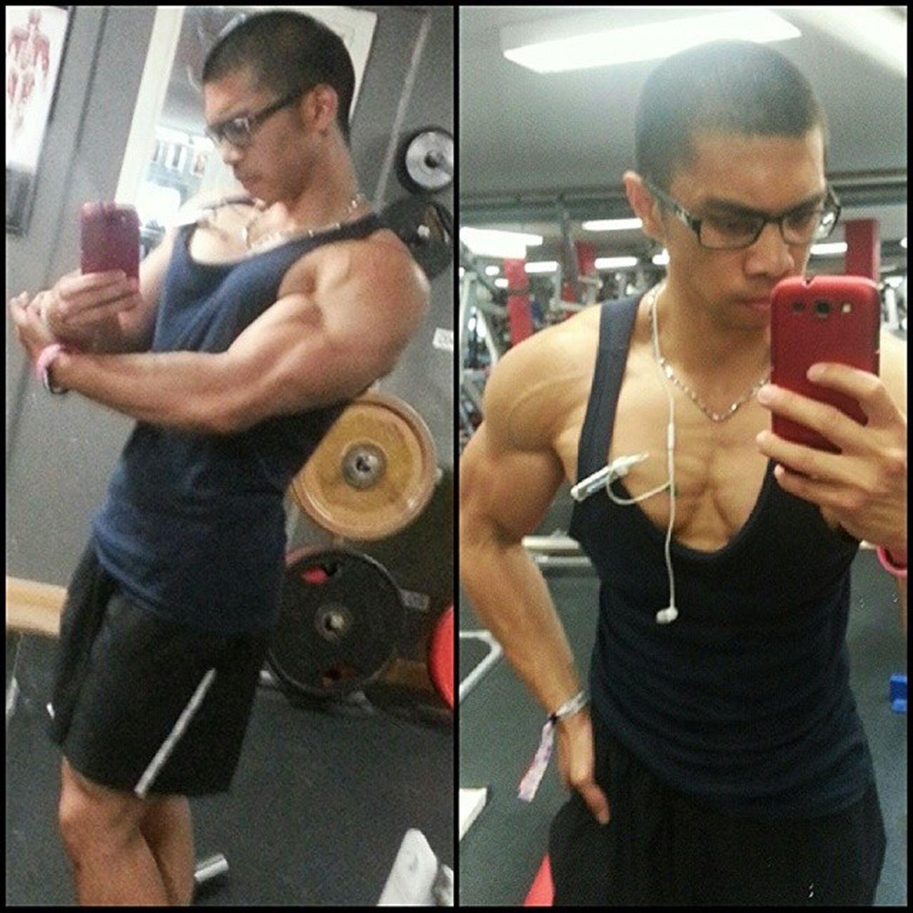 Dieten fortsätter...Är förvånansvärt enkelt att dieta när man räknar kalorier, däremot så vill man äta non-stop. Ligger på riktigt låg kaloriintag nu, men formen blir bättre. Gått ner 12kg nu sedan dietstart. Exhalegym Flagom Aldrigvila Minresaräknas diet bodybuilding fitness motivation diet gym shredded ripped igfit flex