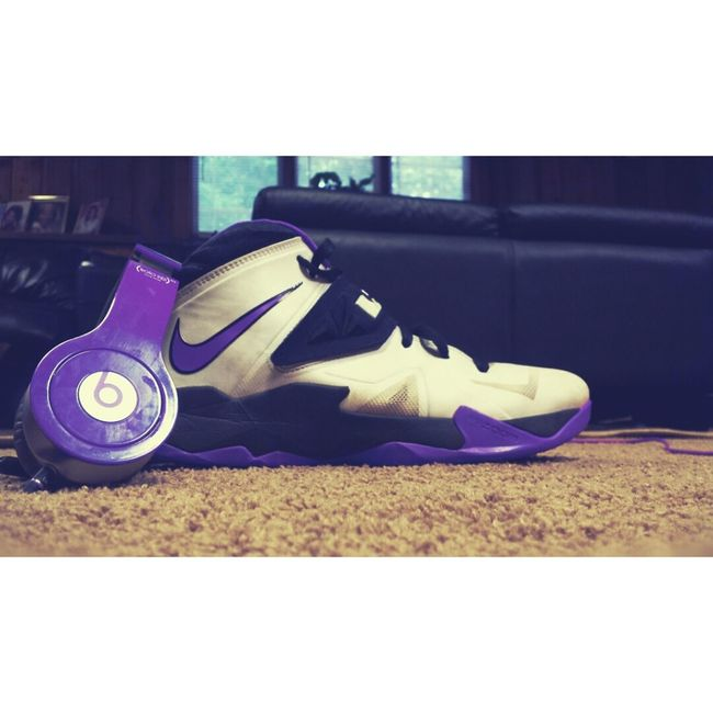 Took This Yesyerday ? My Custom Lebrons and my BEATS Taking Photos My Shoe Game