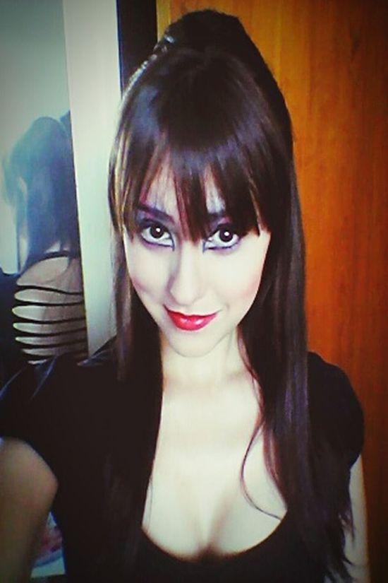 Fantasy Elvira  Mistresses Of The Dark Me Selfie MOVIE Halloween Girl Gotic