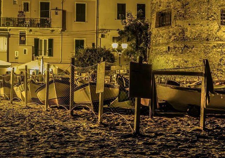 Reflex Pentax K50 50mm Photo Photographer Photograph Liguria Laigueglia Estate Vacanza Barche Spiaggia Night Nightphotography IoEte Mylove