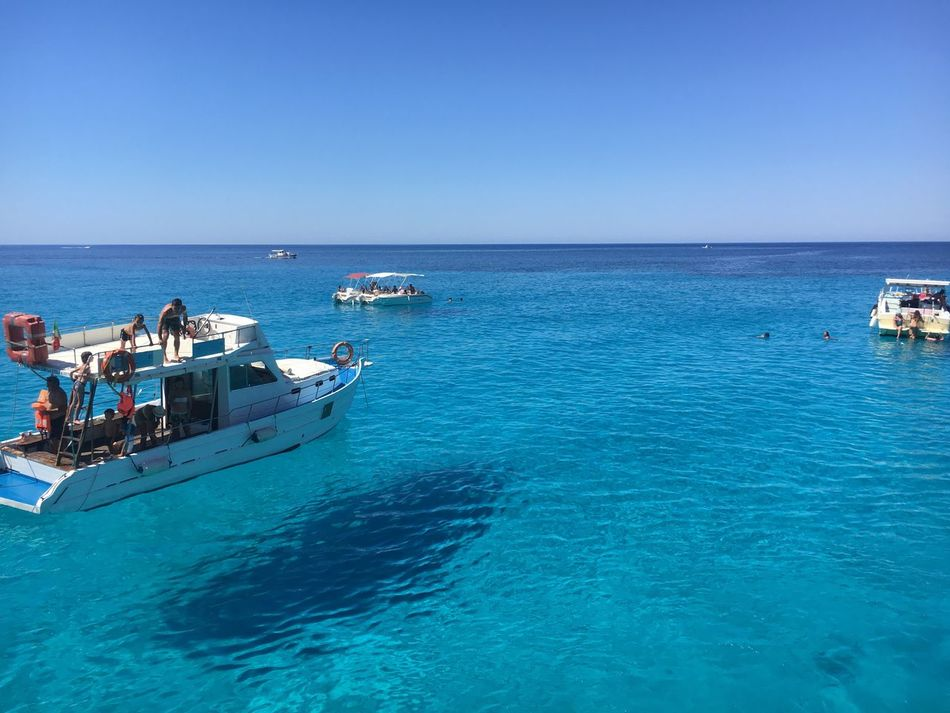 Scenics Sea Nautical Vessel Water Blue Horizon Over Water Clear Sky Transportation Mode Of Transport Copy Space Day Nature Outdoors Beauty In Nature Real People Waterfront Beach Sky Sailing Jet Boat Tabaccara - Lampedusa