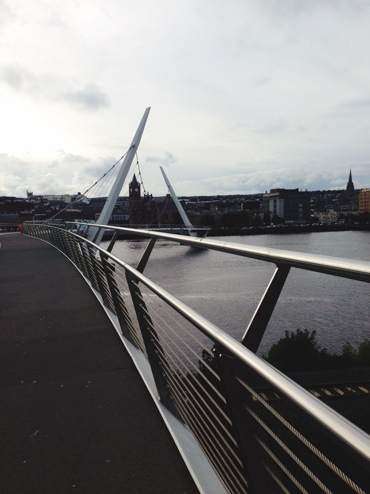 Irlande Peacebridge Derrylondonderry Derry
