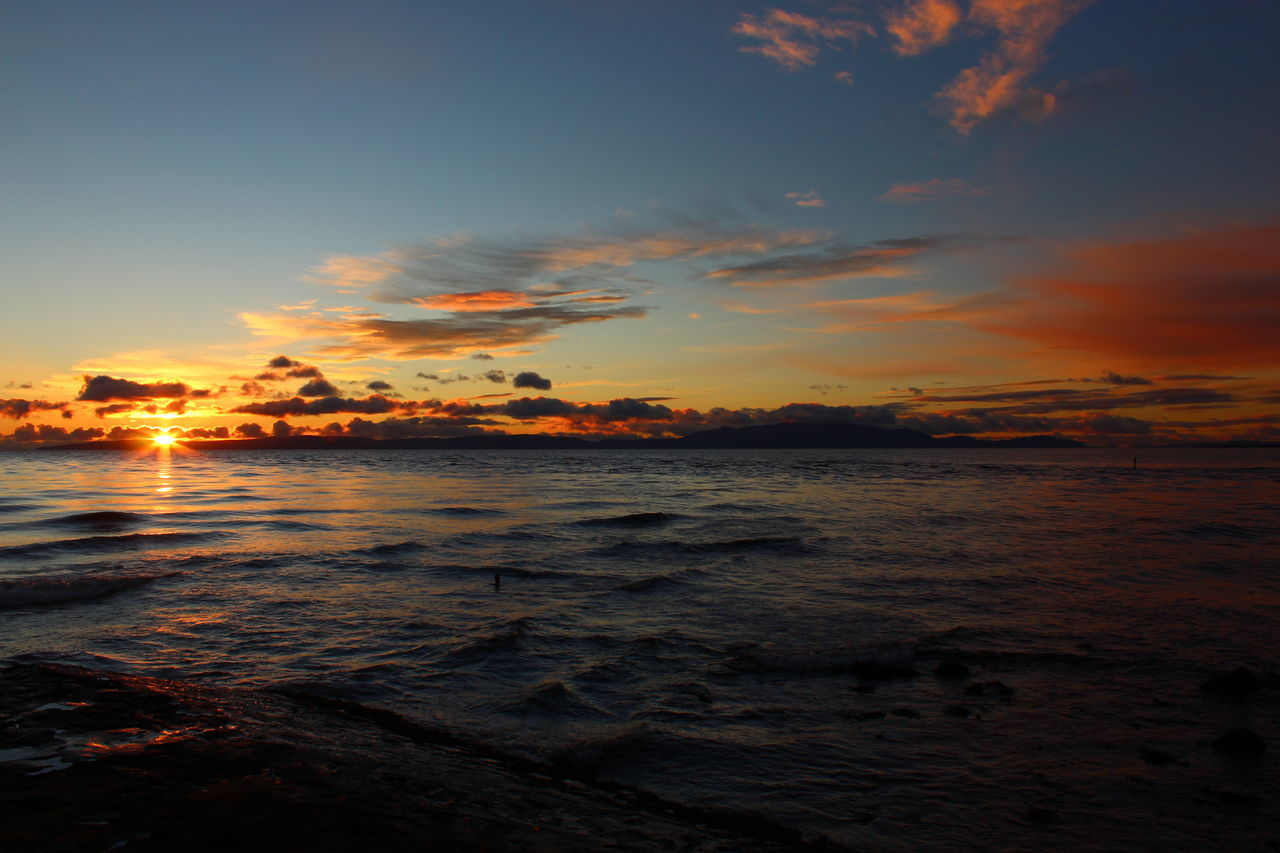 sunset, sea, sky, nature, beauty in nature, scenics, orange color, water, tranquility, tranquil scene, no people, outdoors, horizon over water, beach, cloud - sky