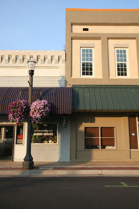 Downtown Conway, Arkansas Architecture Barber Shop Building Building Exterior Built Structure Clear Sky Conway Arkansas Exterior Façade Outdoors Potted Plant Small Town Small Town America Small Town Feel Small Town USA Street