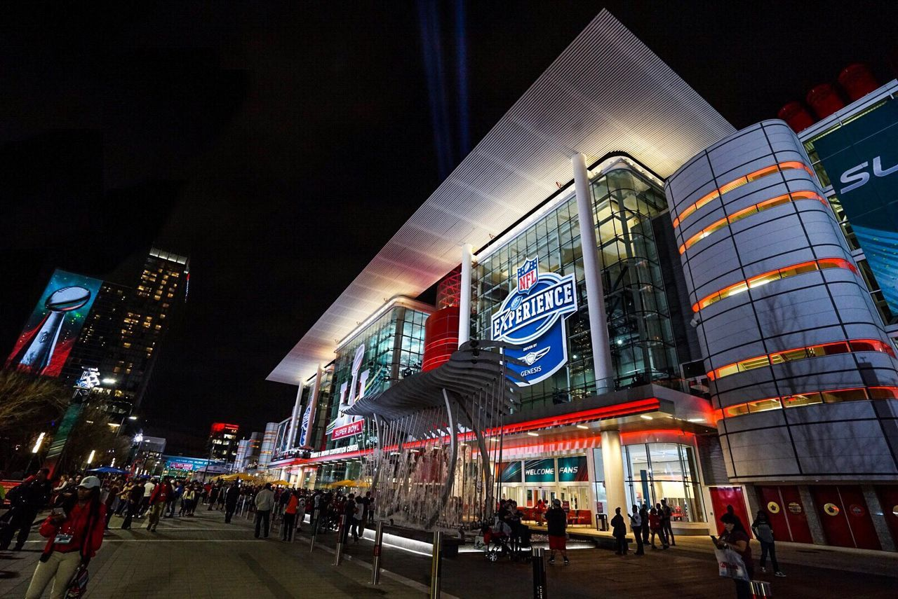 NFL NFL NFL Experience NFL Football NFLPLAYOFFS Houston Superbowl Fan Texas Superbowl51 Superbowl Sunday Night Nightlife Falcons Newenglandpatriots EyeEm Best Edits
