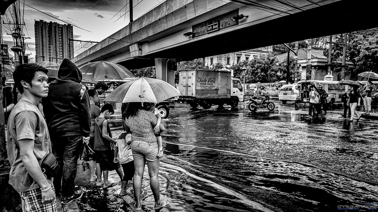 After the Rain Street Pinoyphotography Black And White Photography Streetphotographyphilippines Streetphotography_bw Streetphotography SonyNEX5n Nex5n Sonyalpha Manila, Philippines